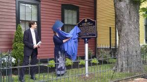 Susie Coit Williams unveiling the historic marker